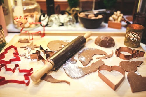 The Embossed Rolling Pin: Make This Christmas Magical